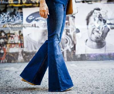 Bell bottom blue jeans... the essence of Hippiedom.