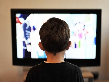 You can entertain kids during a power outage by playing DVDs powered by a generator.