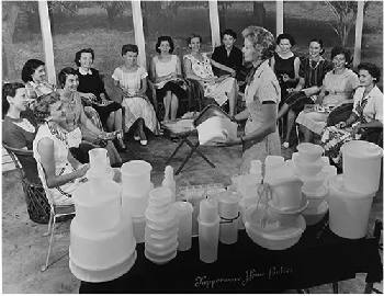 Tupperware Parties, 1960s
