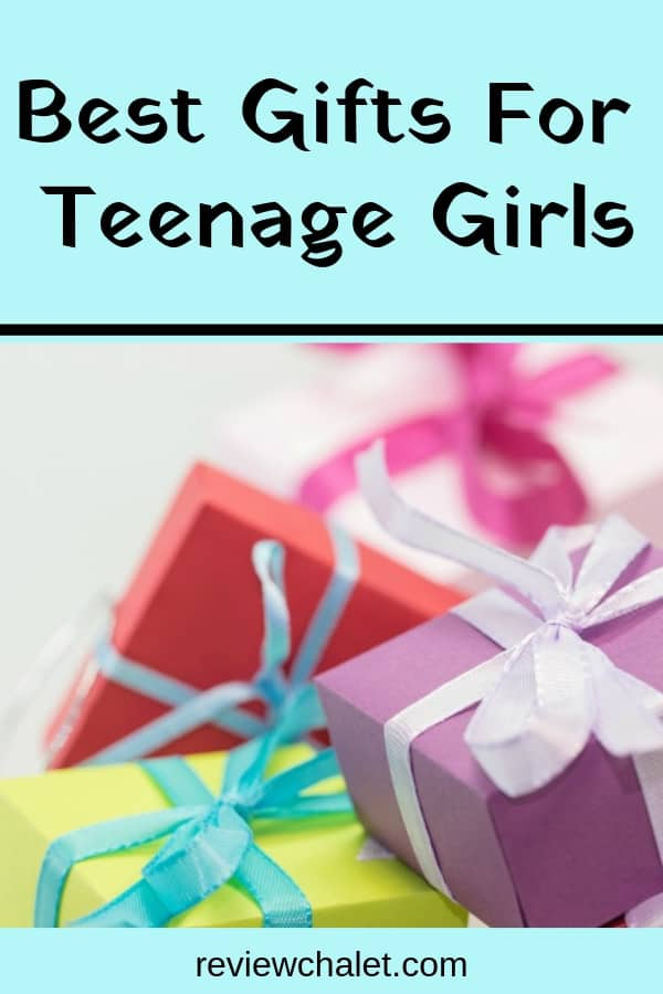 Wonder what are the best gifts for teenage girls? You might think it's hard to please young girls, but don't despair: this list will give you ideas for some fun and unique gifts for teens; form bracelets, to hair accessories, makeup and even a teen spa to make her feel special. #giftideas #teengifts #christmasgifts #birthdaygifts #gifts #giftsforgirls #girlgifts #rch
