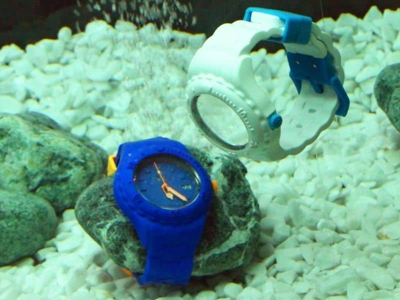 Waterproof watch for kids