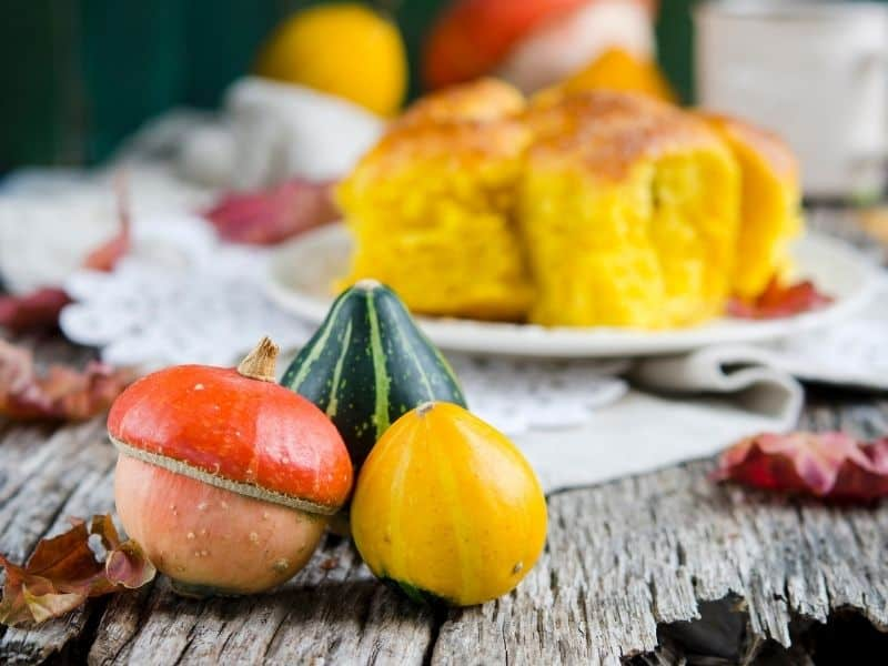 Small pumpkins used to decorate the table